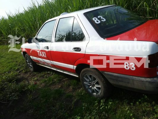 Hallan taxi con reporte de desaparecido