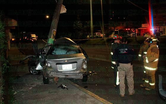 Muere conductor en aparatoso accidente