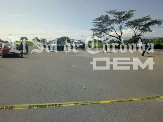 Balacera deja varios muertos; dos camionetas fueron rafagueadas