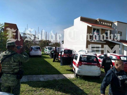 Aseguran 19 taxis, presumiblemente propiedad de familiar cercano de Javier Duarte