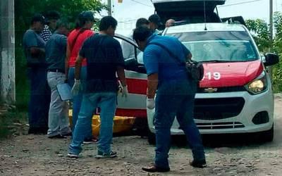 Asesinan a balazos a pasajero de un taxi