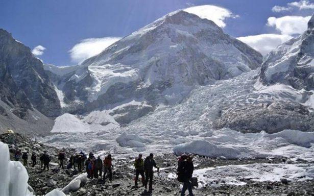 Mueren nueve alpinistas en el Himalaya