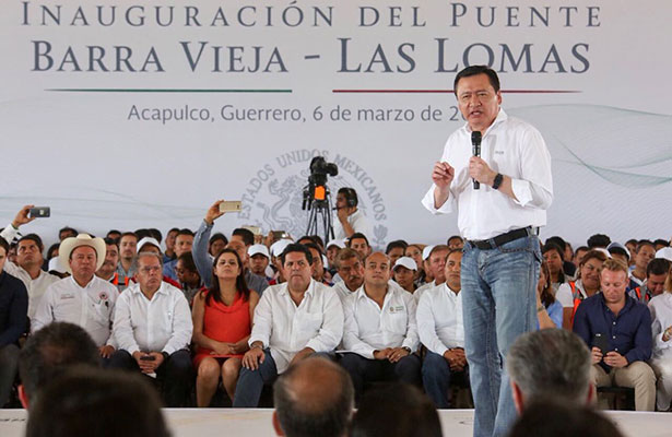 Nadie busca un marco legal para militarizar al país: Osorio Chong