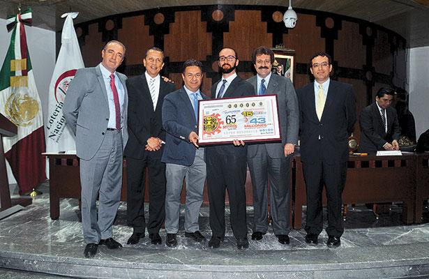 [Galería] Celebra la Lotería Nacional 65 años de Noticias Vespertinas