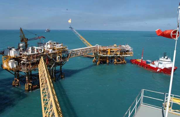 Bajan exportaciones petroleras 34 mil barriles por día