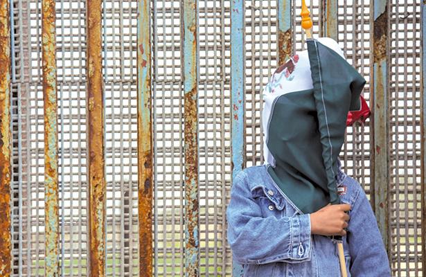 Migración, componente básico del mexicano; casi 20% vive en otro país