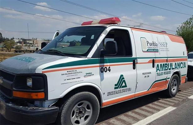 En Puebla detienen ambulancia que transportaba gasolina