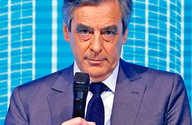 El candidato Fillon, imputado por malversación de fondos públicos
