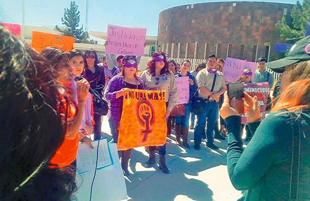 Madres de desaparecidas de Juárez realizan manifestación