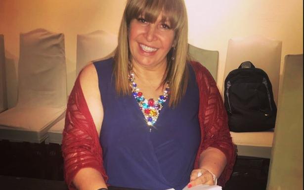 Magda Rodríguez firma contrato con Televisa