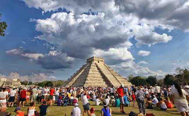 "México construye ""puentes"" para turistas de EU: diario Le Figaro"