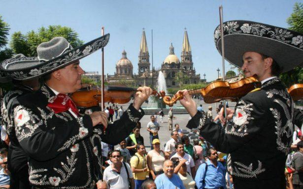 """""""Cantando se alegran, cielito lindo, los corazones"""": El Mariachi, 200 años exaltar la mexicanidad"""
