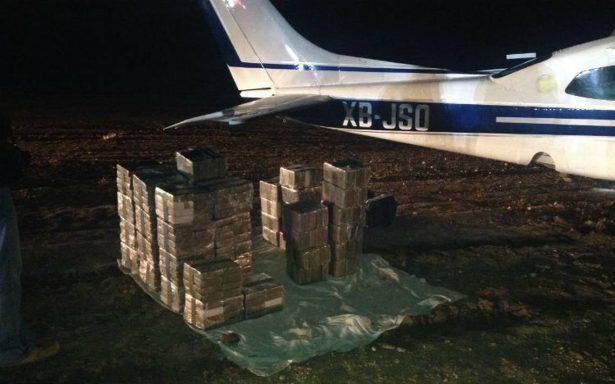 Abandonan en Guanajuato avioneta con 50 mdp en droga