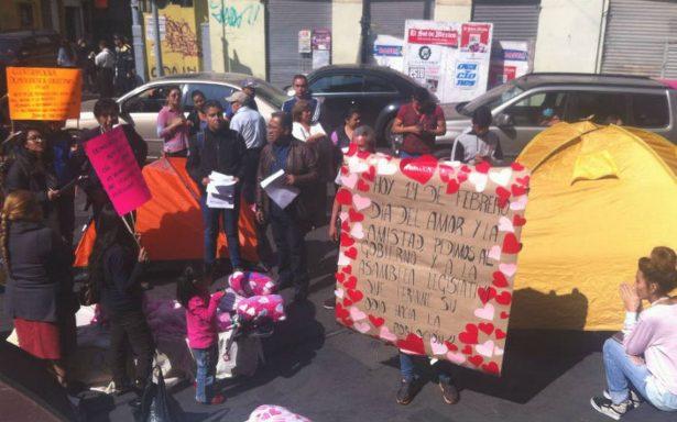 Damnificados por sismo piden a asambleístas atender reconstrucción