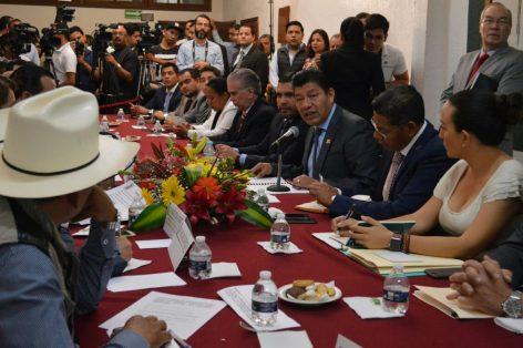 Comparece el secretario de Gobierno Matías Quiroz ante el Congreso