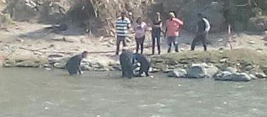 Rescatan cuerpo  en río Amacuzac