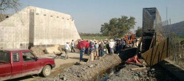 Advierten otro paro en obra de la autopista Siglo XXI