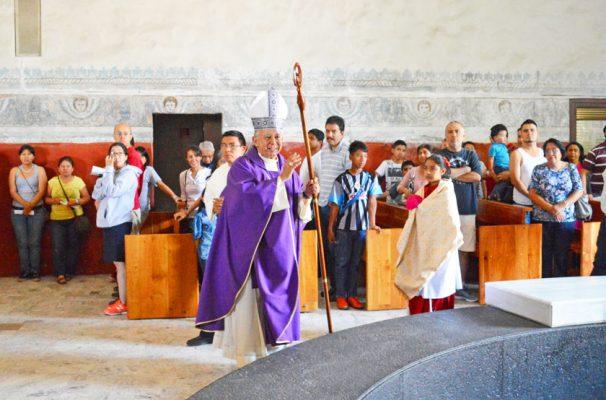 Obispo de Cuernavaca sufre persecución y calumnias: Arquidiócesis