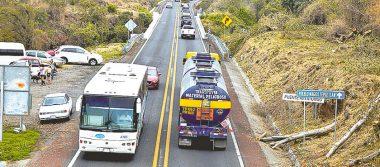 """""""Siembran"""" ponchallantas en autopista La Pera-Cuautla"""
