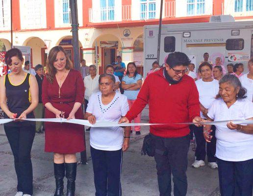 Inician Feria de la salud en Tetela del Volcán