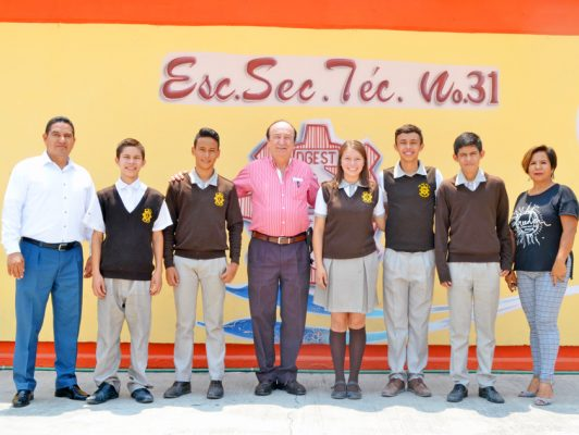 Al Nacional de Secundarias Técnicas alumnos de la Eusebio Jáuregui