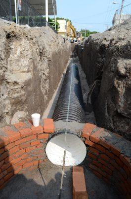 Instalan drenaje sanitario en Puxtla