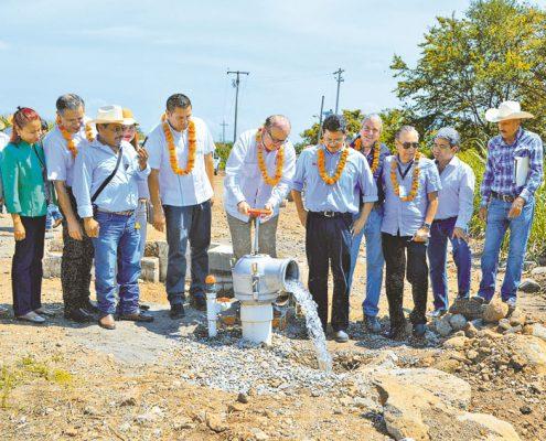 Garantizan salud  y agua al Oriente