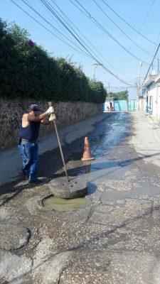 Resuelven brote de aguas negras en Tetelcingo