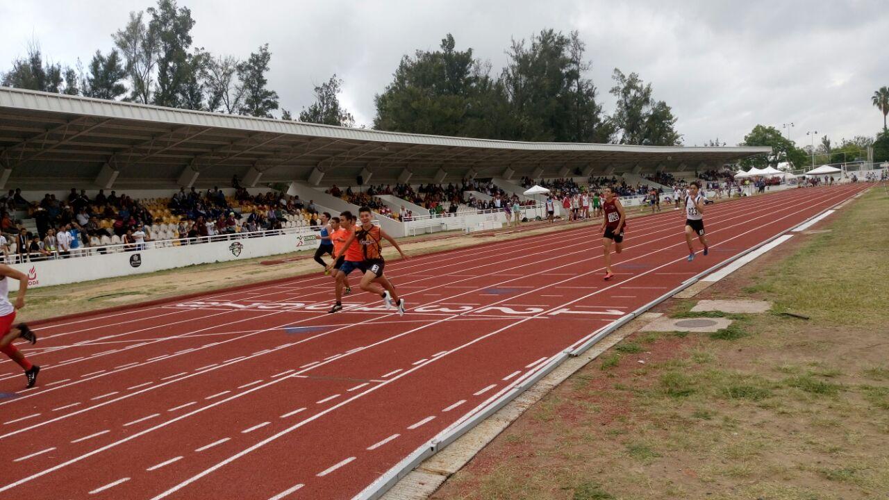 GRAN DÍA para Morelos en la pista de Guadalajara.