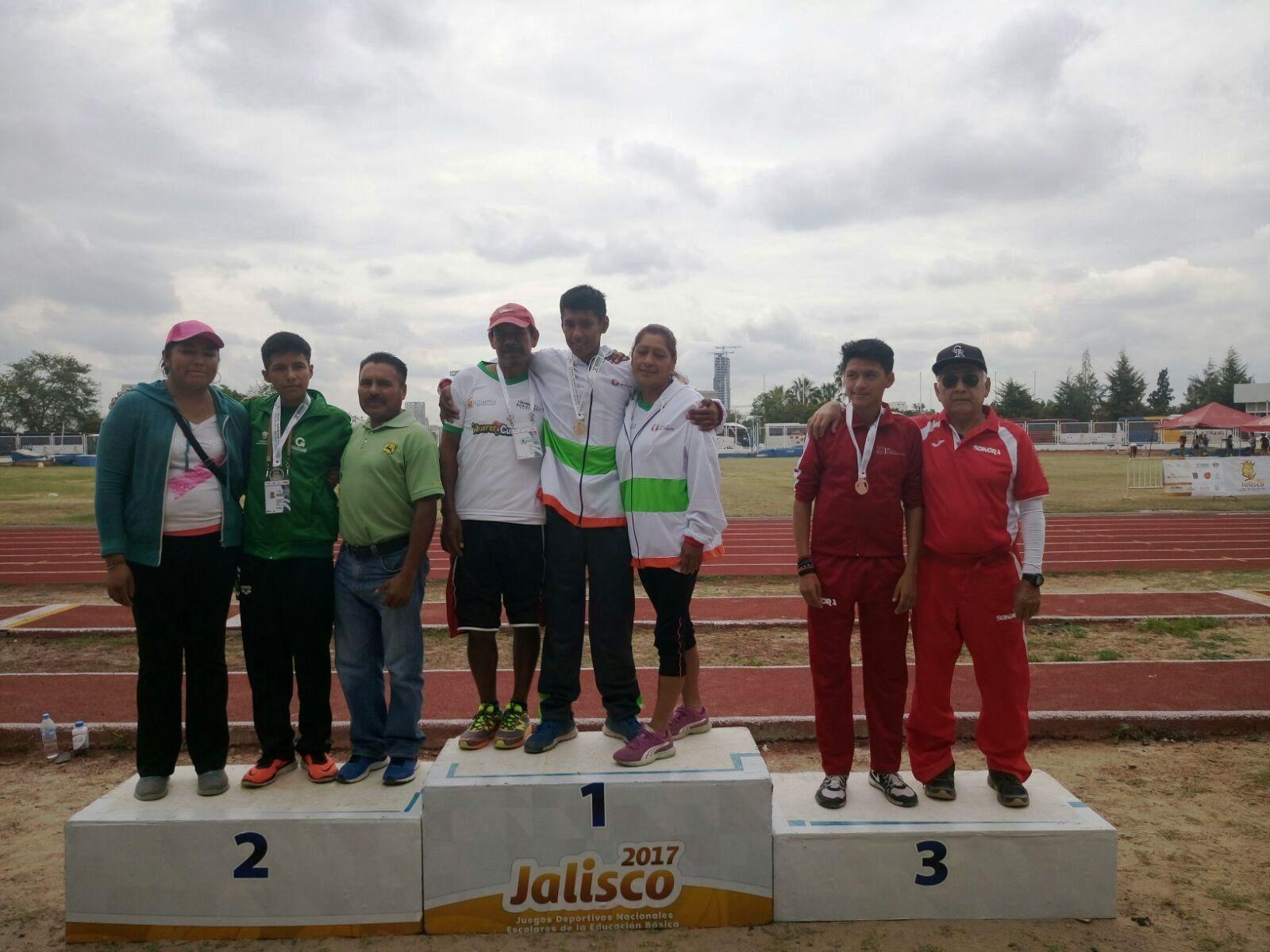 El velocista Jonathan Hernández consiguió la segunda medalla de oro para Morelos.