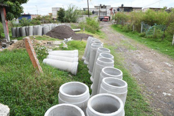 Realizan obras de infraestructura básica en colonias