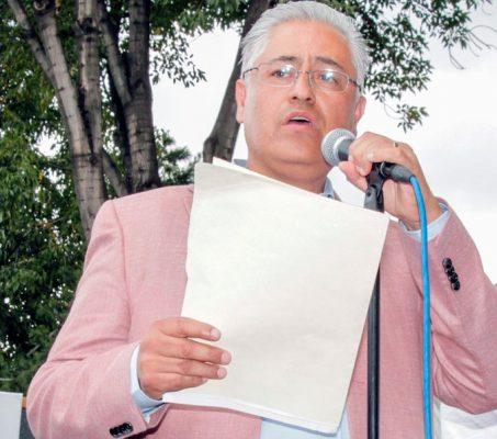 Ni desfalco ni altos sueldos en la UAEM: Vera