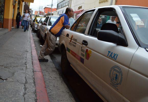 Van taxistas contra Uber