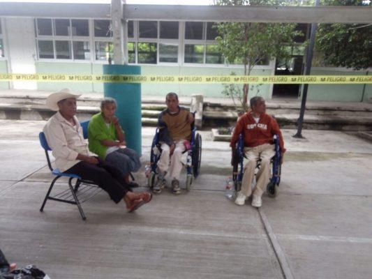 Siguen en pie de lucha: habilitan albergues en Cuautla
