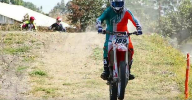 Recaban fondos para afectados por sismo en carreras de Motocrós