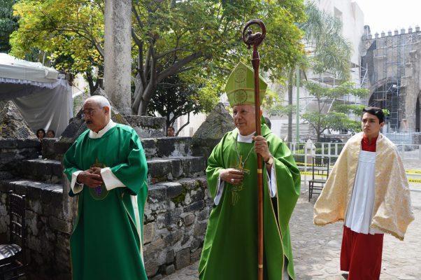 Llama el obispo a  la reconstrucción espiritual