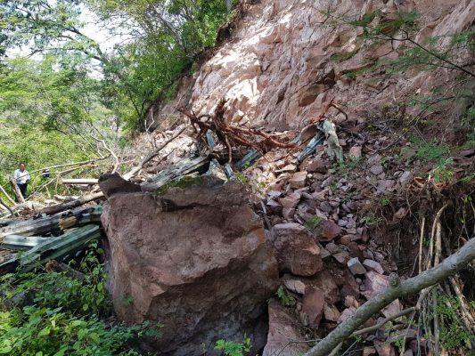 Colapsan nueve kilómetros del canal Los Hornos