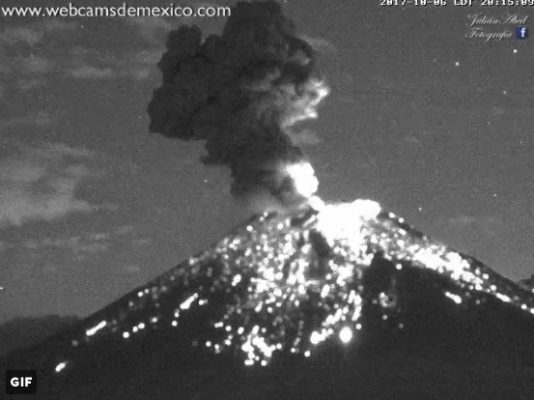 Registra nueva explosión el Popocatépetl