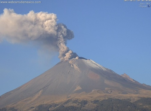 Volcán Popocatépetl registra explosión