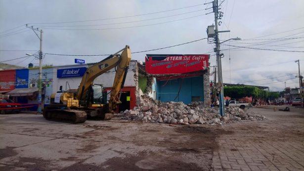 Agilizan demoliciones en Tepalcingo