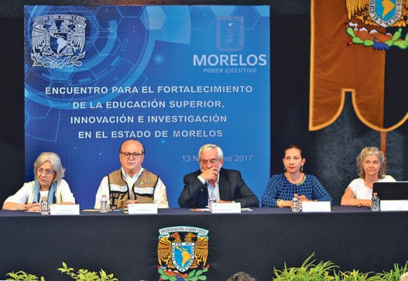 Encabeza el gobernador Graco Ramírez junto con el rector de la UNAM, Enrique Graue la presentación del proyecto del Centro de Innovación Tecnológica. Foto: Froylán Trujillo