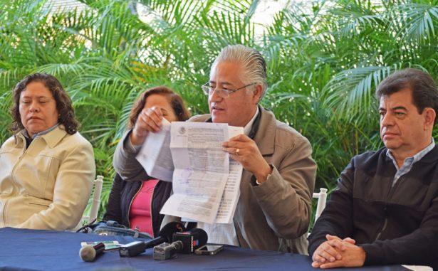 Reaparece rector de la UAEM; analiza buscar la gubernatura