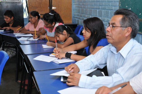 Incluirán náhuatl en 9 escuelas de Morelos