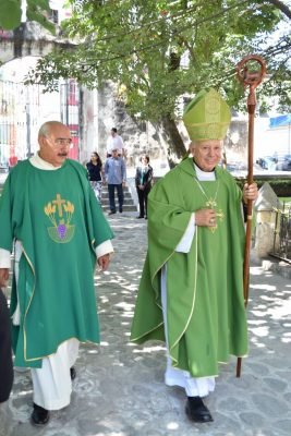Defiende el Obispo a Alejandro Vera