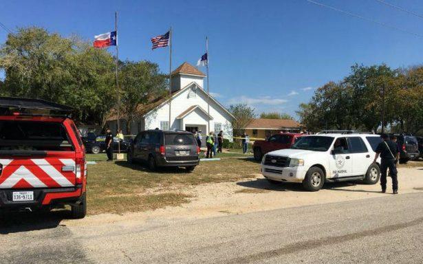 Tiroteo en iglesia bautista en Texas; deja al menos 27 muertos
