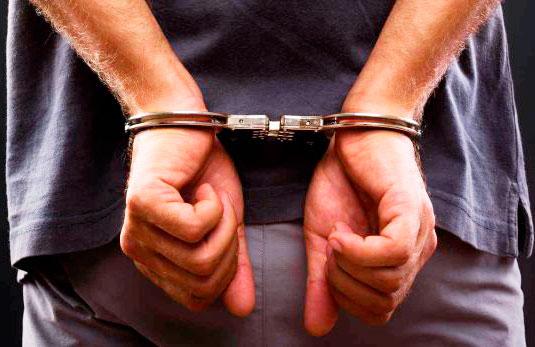 Capturan a cuatro por varios delitos
