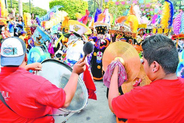Comienza el brinco del chinelo por los carnavales