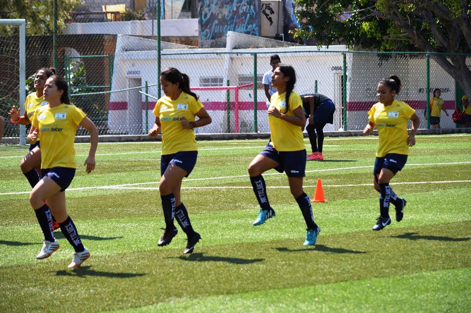 bull girls ha logrado buenos resultados en la Liga de Futbol. Foto: Cortesía