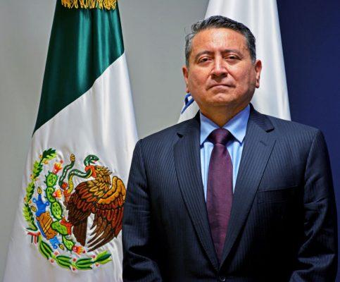 Toma protesta Víctor Manuel Torres