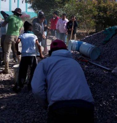 Ayuda Cáritas a reconstruir en Tetela del Volcán